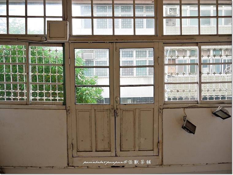 19白窗2
