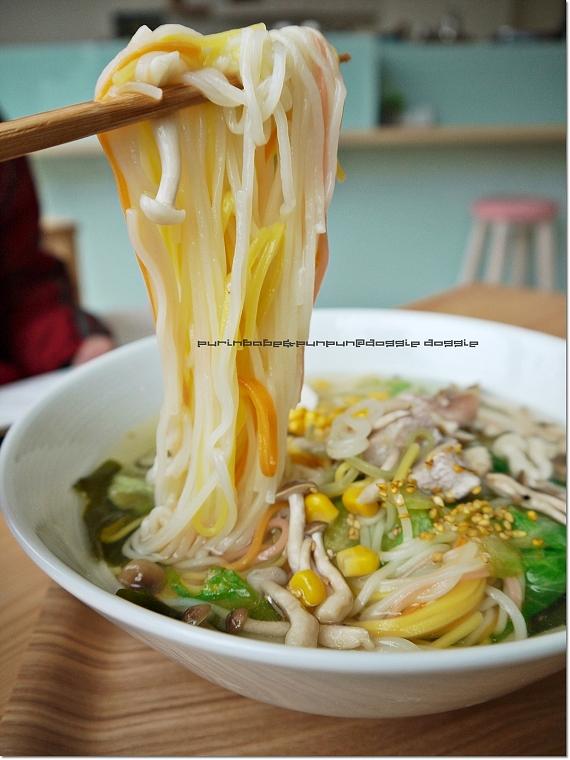 26松阪蕈菇蔬菜湯麵2