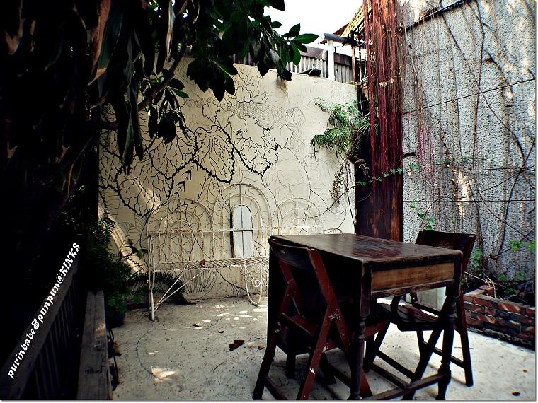 34戶外木桌
