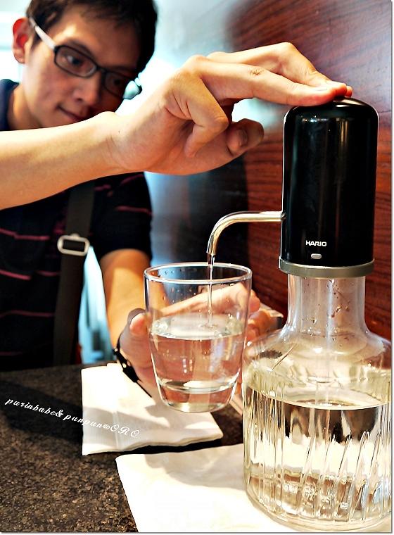 23壓水瓶