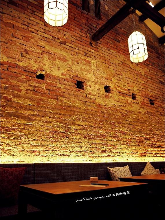 13百年紅磚牆
