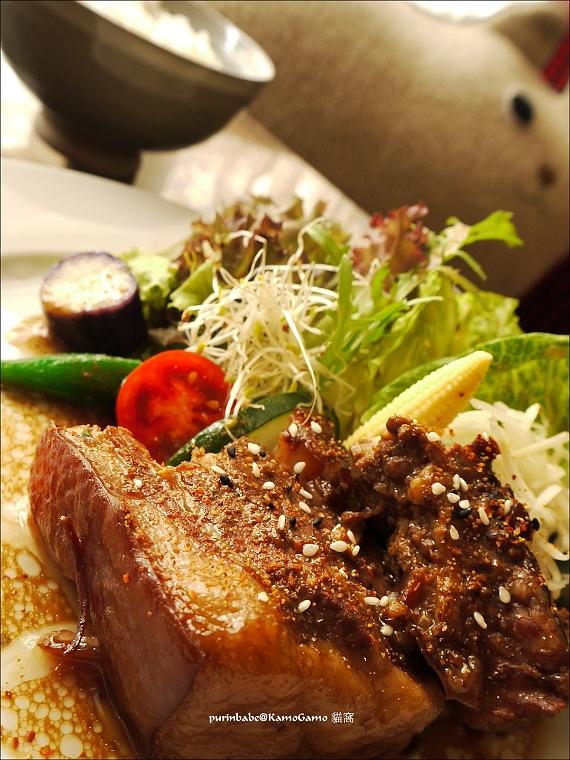 42沖繩風燉角豚肉1