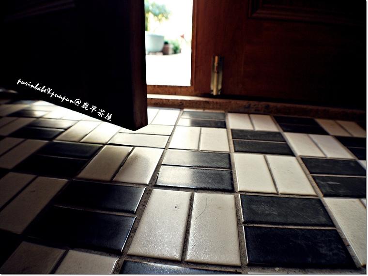 5黑白磁磚