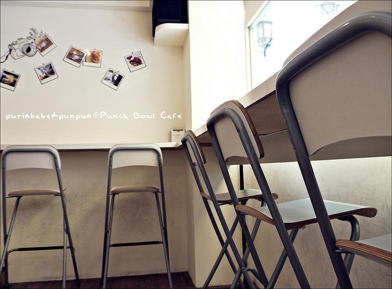 7高腳椅區