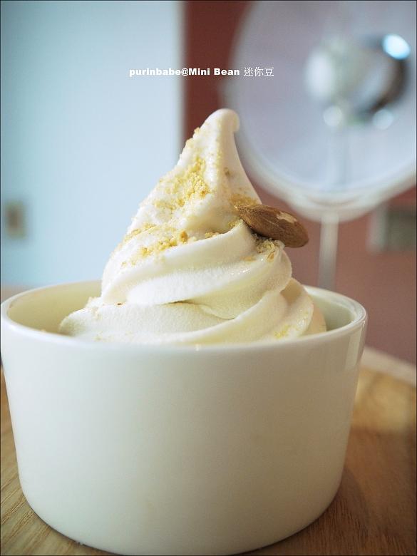 31烤杏仁豆漿霜淇淋