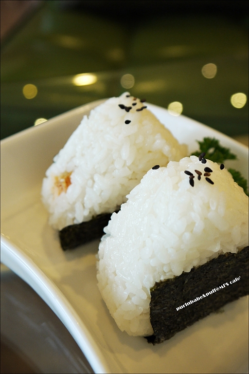 29鮭魚飯糰1