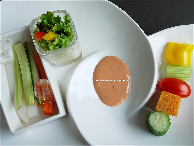 17時蔬棒沙拉