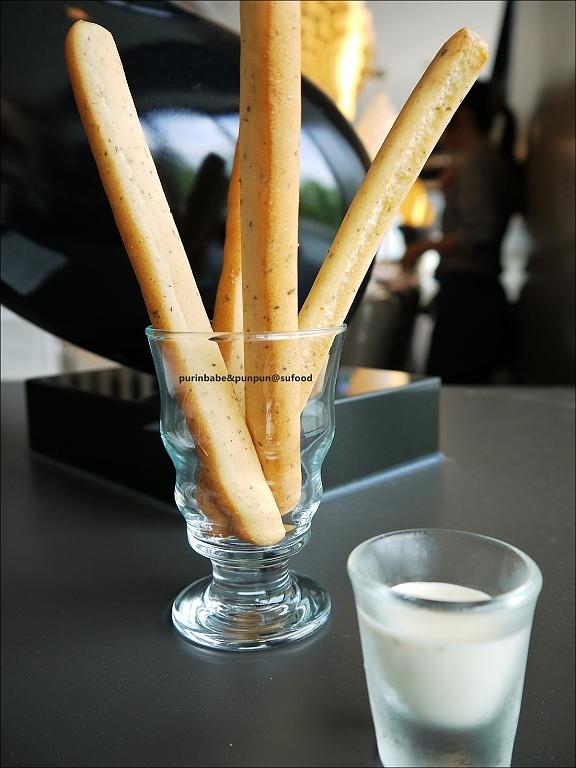 16迷迭香火柴麵包