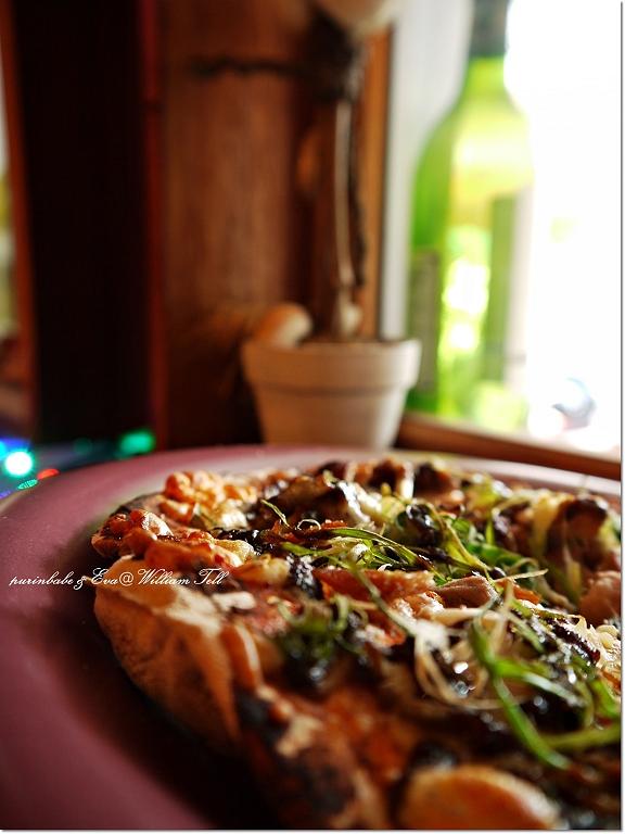 22青蔥醬香烤鴨披薩2