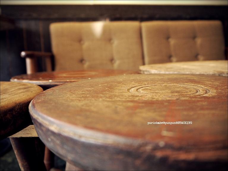 15堆疊桌椅3