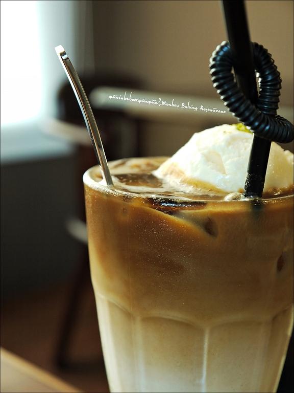 43漂浮冰咖啡