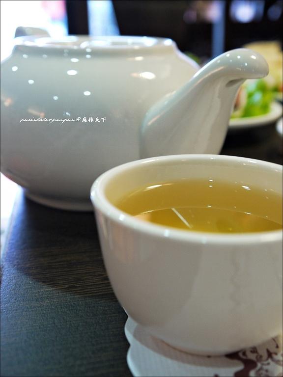 13菊花養生茶