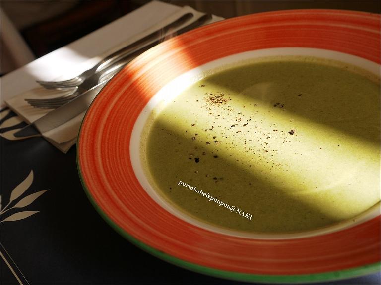 17菠菜奶油濃湯1