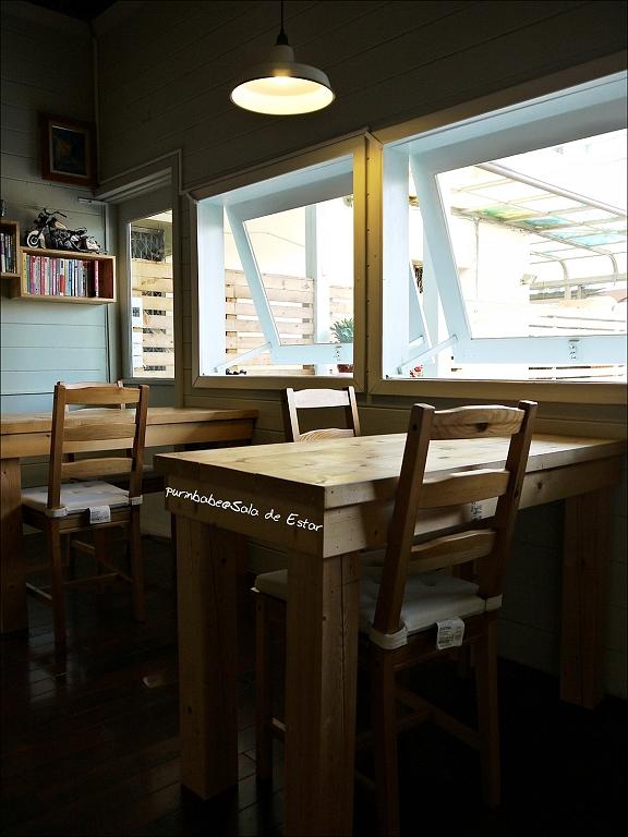 16木桌區1