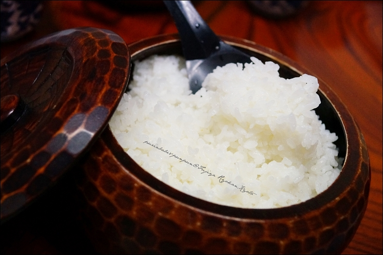 11一甕米飯