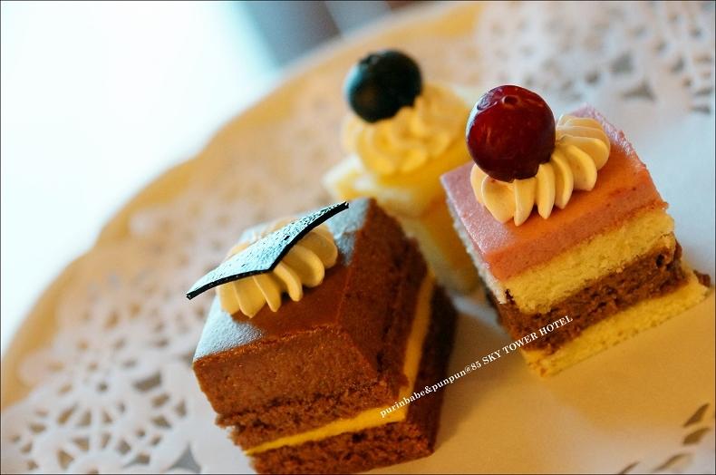 13招待小蛋糕