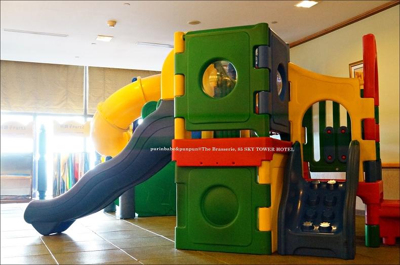 11兒童玩樂區