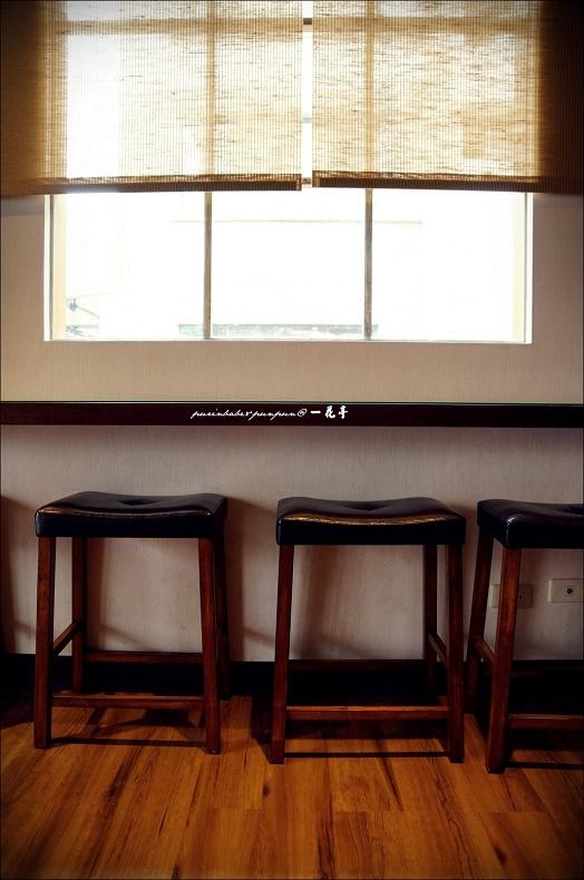 8靠窗座位2