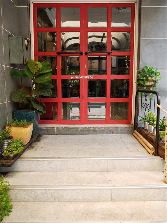 5紅色大門