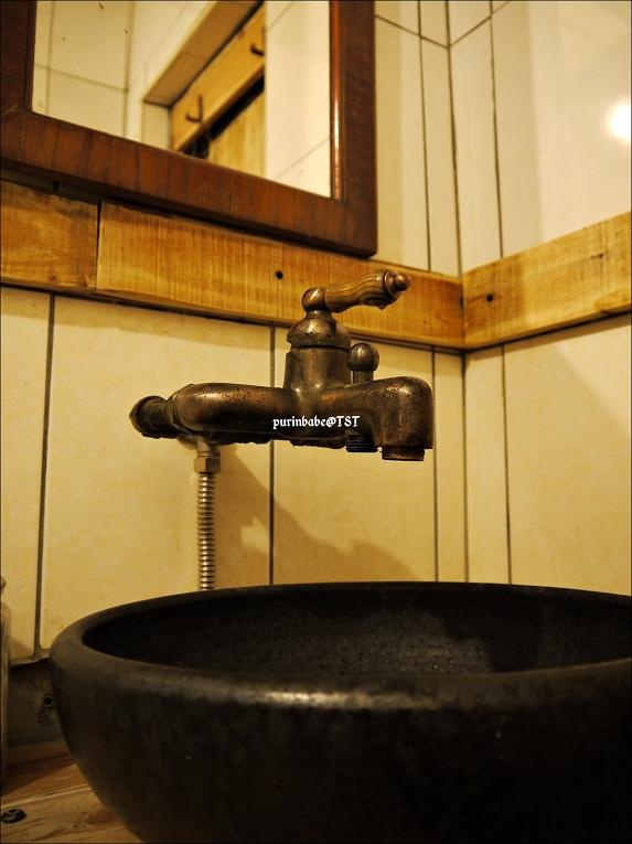 18廁所2