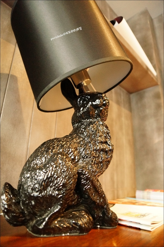 13Moooi Rabbit Lamp