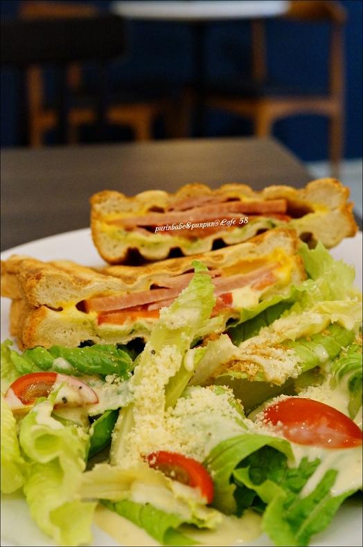 31青醬起司火腿三明治早餐