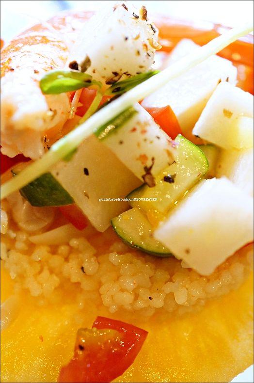 40地中海式鮮蝦鳳梨庫司庫司沙拉