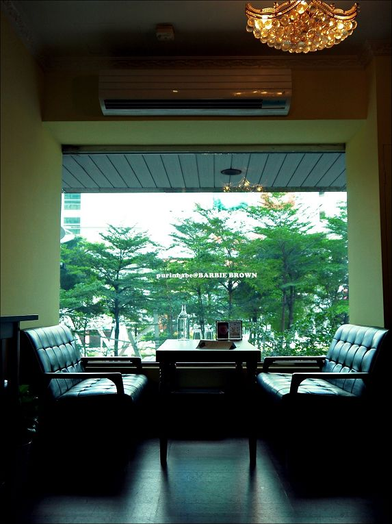 14二樓窗景