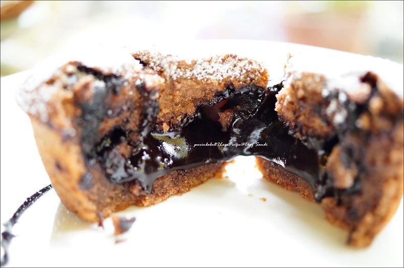 26熔岩巧克力斷面