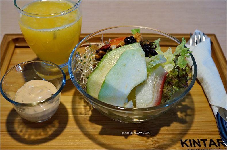 25柳橙汁蔬果沙拉