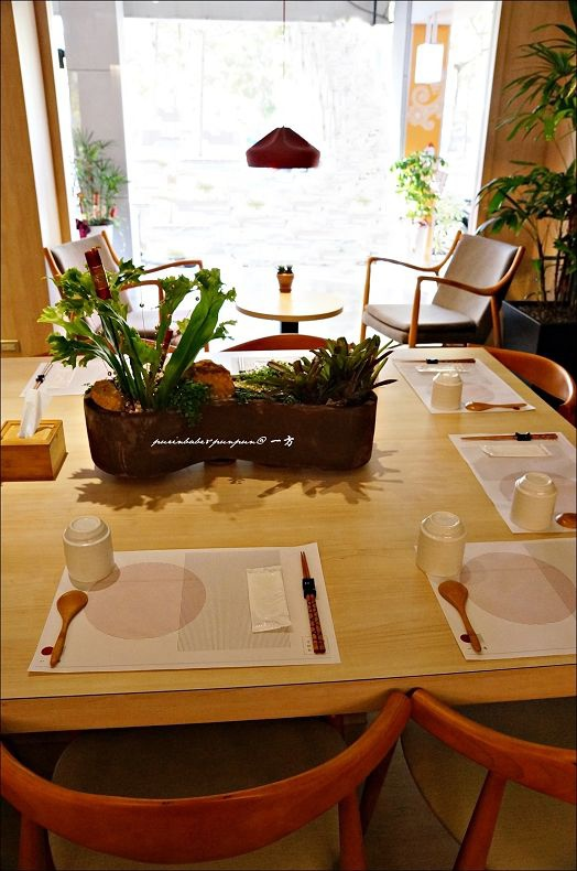 9共食桌2