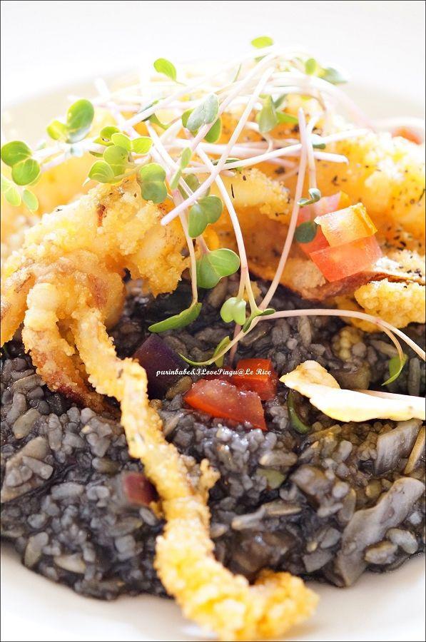 29黑漆漆墨魚風味蔬菜野菇燉飯2