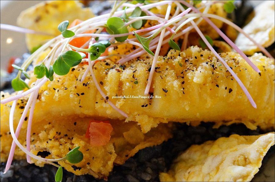 30黑漆漆墨魚風味蔬菜野菇燉飯3