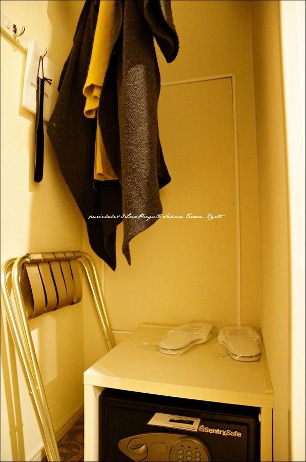13衣架與保險箱