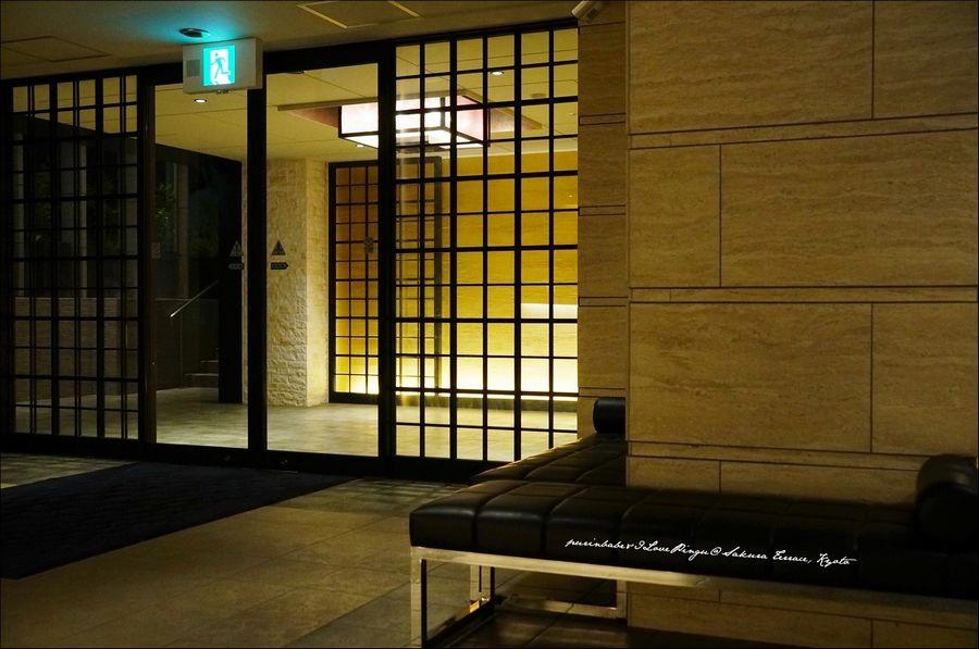 3飯店入口1