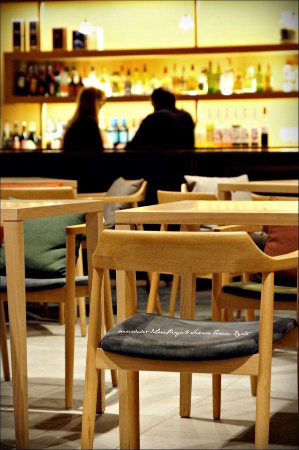 8酒吧一隅3