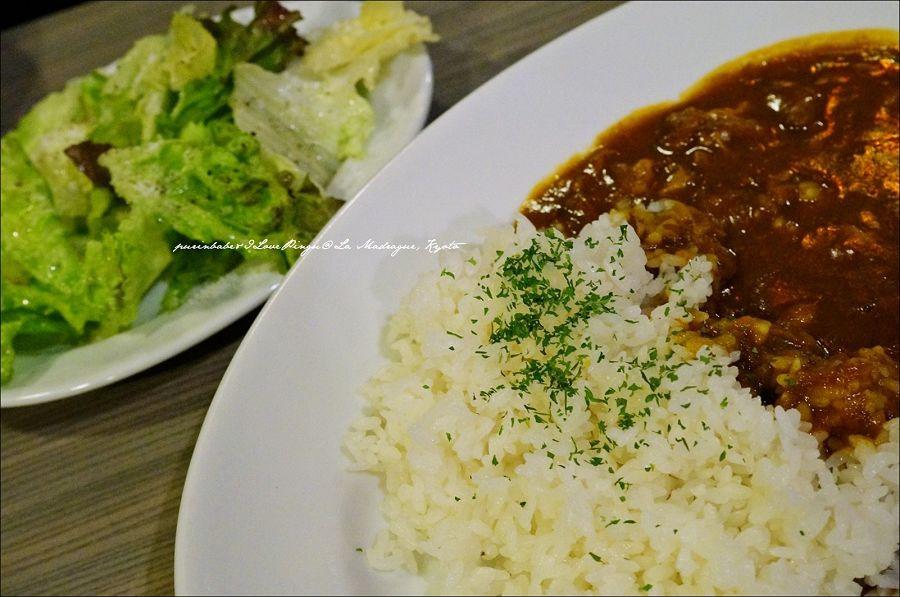25咖哩飯附沙拉