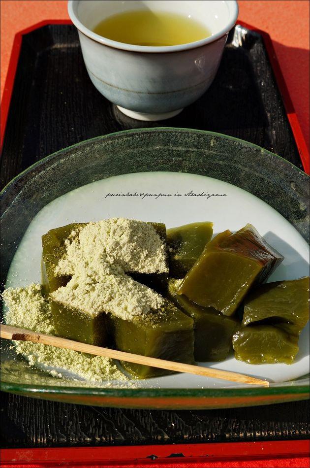 48抹茶蕨餅附煎茶