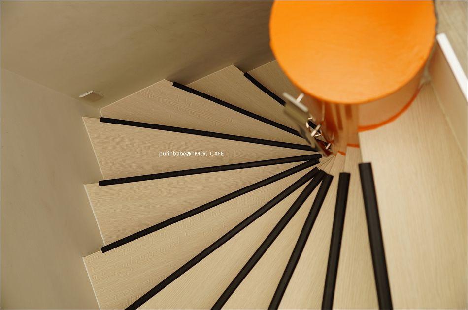 22方形旋轉梯