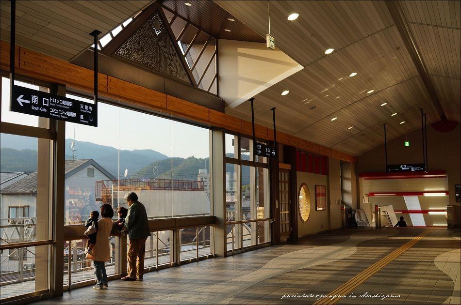 26JR嵐山站北口