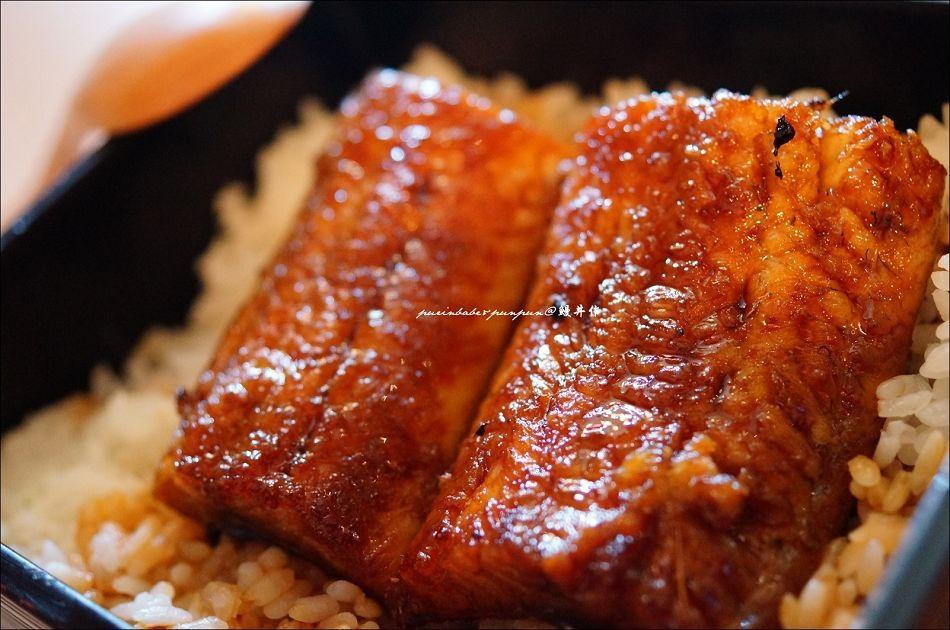 22鰻魚丼
