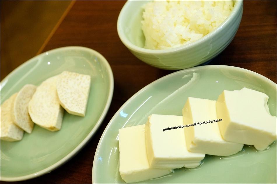 22白飯 豆腐 芋頭
