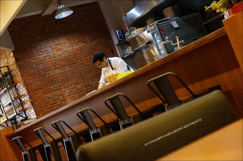 11開放式廚房
