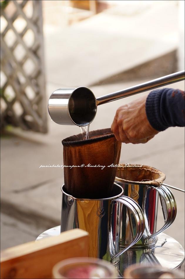 8奶茶攤2