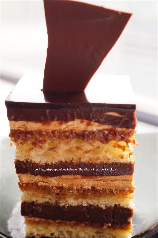 24巧克力夾層蛋糕
