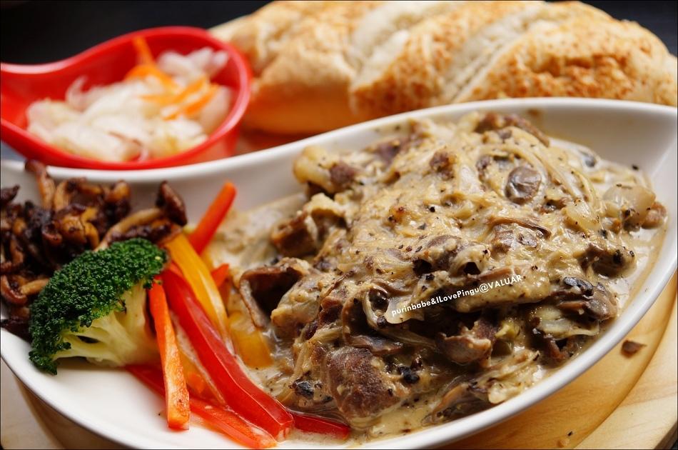 32義式磨菇牛肉1