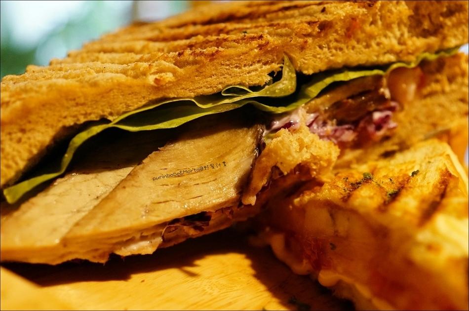 30手撕豬肉三明治2