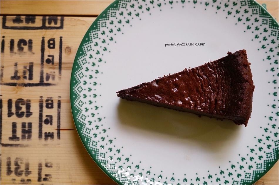 33巧克力蛋糕1