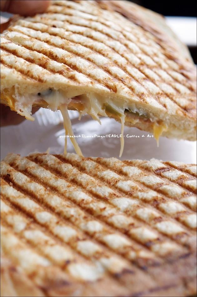 39雙起士酸黃瓜燻里肌吐司麵包帕里尼