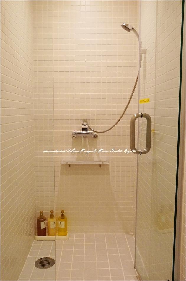 23淋浴間2